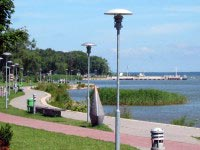 Pedestrian and cycling track alongside the Curonian Lagoon.